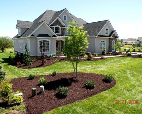 Mulching Stone Pine Straw Shreckhise Landscape And Design